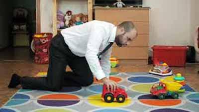 متلازمة بيتر بان: حينما يبقى الرجل عالقا بالطفولة