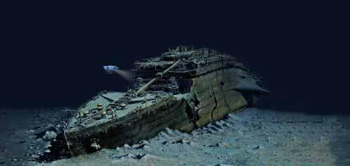 بقايا حطام سفينة تابتانك في قعر المحيط