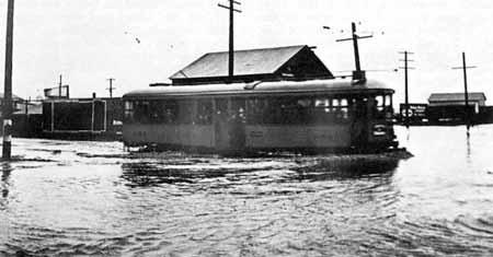 مطر حسب الطلب : حروب الأمطار التي تحولت إلى تجارة
