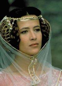 الحسناء الفرنسية صوفيا مارسو في دور ايزابيلا